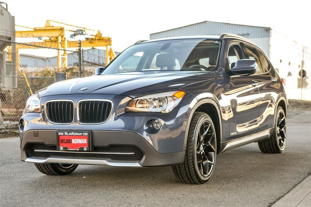 bmw x1 2017 essais nouvelles actualit s photos vid os et fonds d 39 cran le guide de l 39 auto. Black Bedroom Furniture Sets. Home Design Ideas