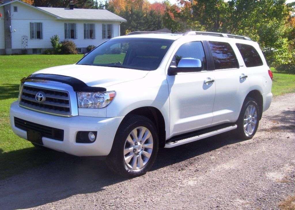 toyota sequoia 2017 essais nouvelles actualit s photos vid os et fonds d 39 cran le guide. Black Bedroom Furniture Sets. Home Design Ideas