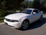 Photo of White 2012 Ford Mustang