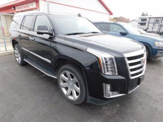 Used 2019 Cadillac Escalade Premium Luxury for sale in Listowel, ON