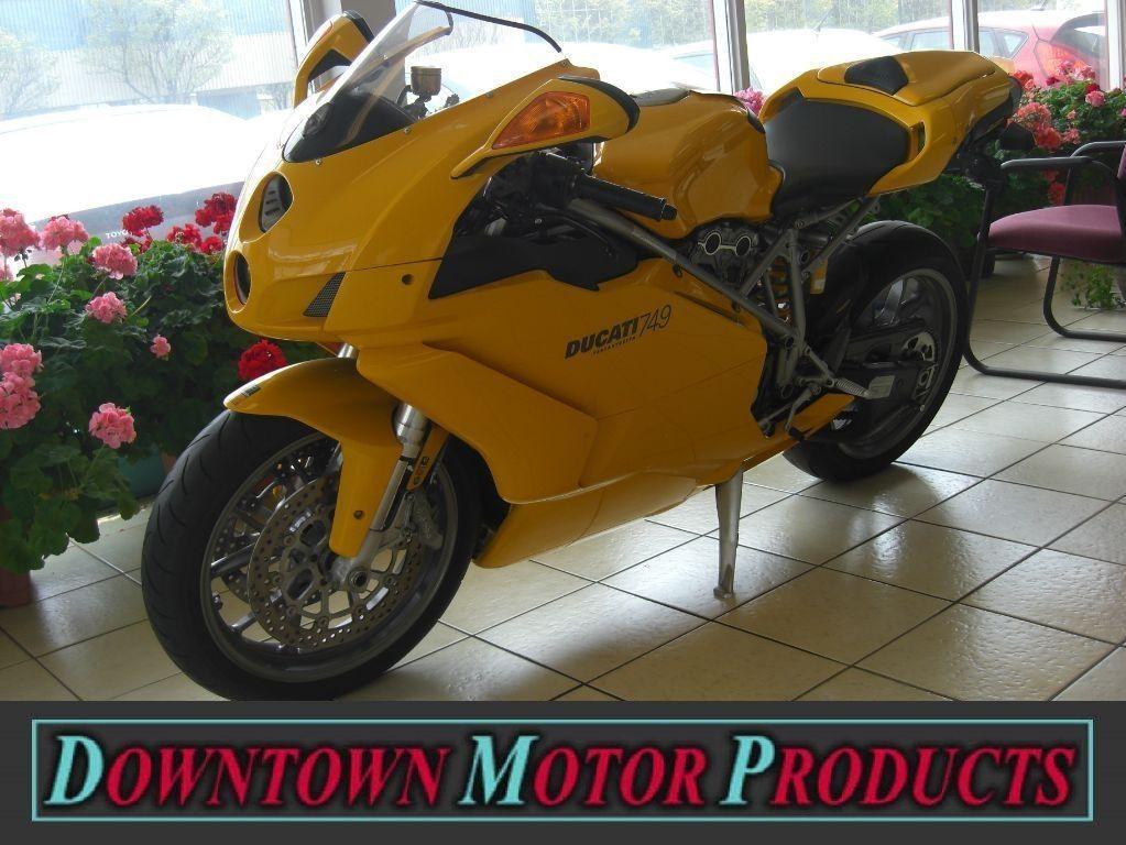 2005 Ducati 749