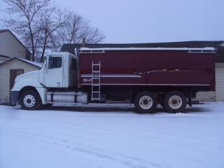 Used 2006 GMC Top Kick C85 Med Duty for sale in Watrous, SK