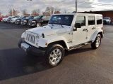 Photo of White 2013 Jeep Wrangler