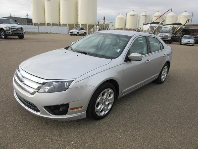 used 2010 ford fusion se for sale in innisfail alberta. Black Bedroom Furniture Sets. Home Design Ideas