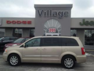 Used 2013 Chrysler Town & Country TOURING for sale in Ajax, ON