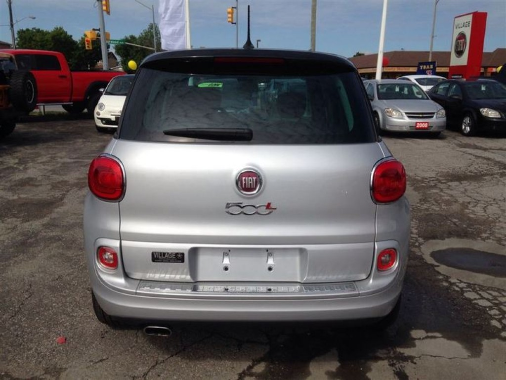 used 2014 fiat 500 l sport power moon roof beats by. Black Bedroom Furniture Sets. Home Design Ideas