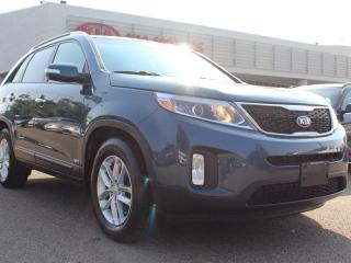 Used 2015 Kia Sorento LX, 7 SEATER, HEATED SEATS, BUTTON START, POWER SEATS, A/C, AUX/USB for sale in Edmonton, AB