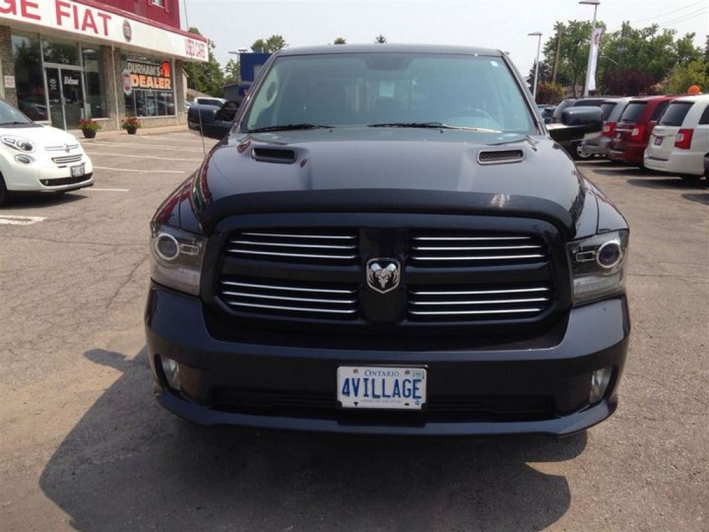 used 2013 dodge ram 1500 sport for sale in ajax ontario. Black Bedroom Furniture Sets. Home Design Ideas