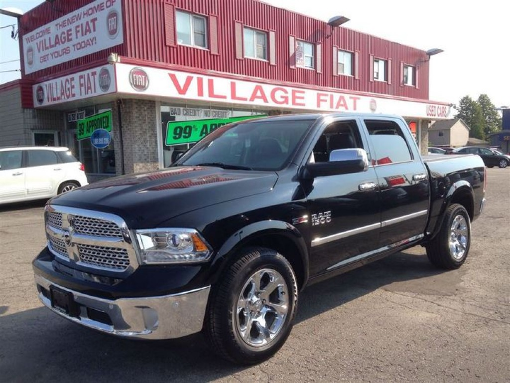 used 2015 dodge ram 1500 laramie crew 4x4 eco diesel nav leather remote sta for sale in ajax. Black Bedroom Furniture Sets. Home Design Ideas
