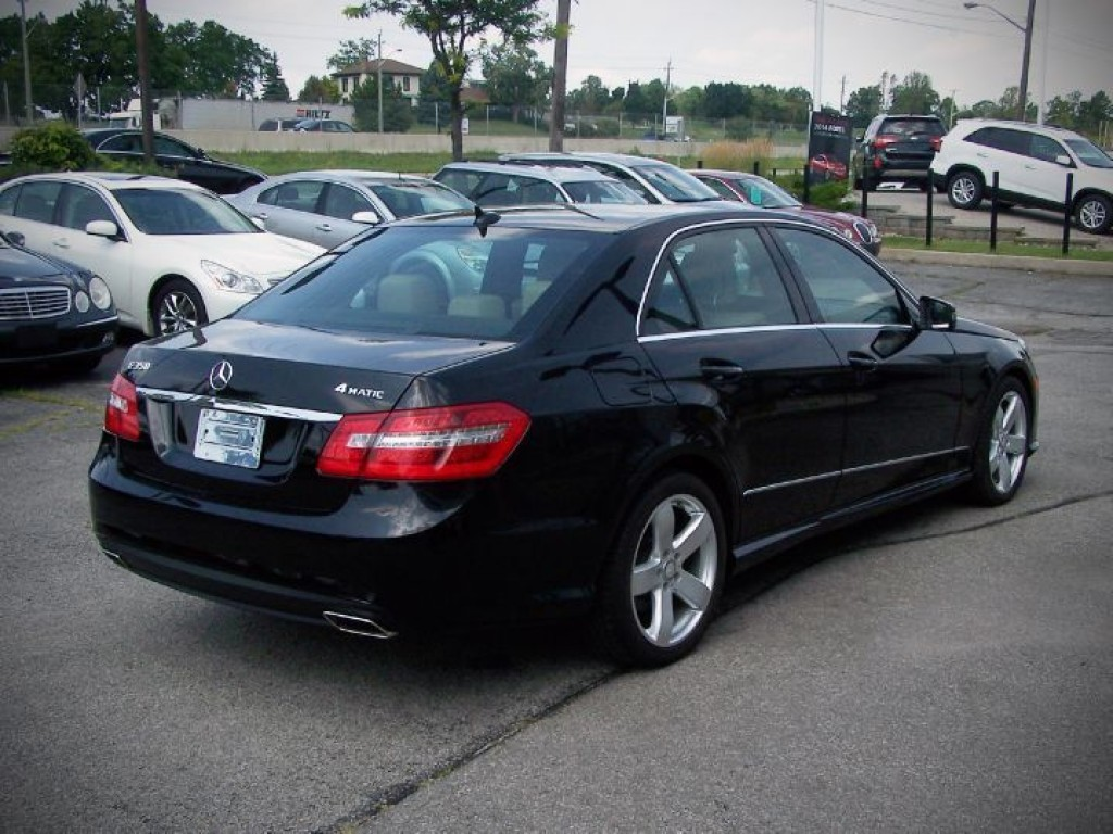 Used 2010 mercedes benz e350 for sale in oakville ontario for Used mercedes benz e350 for sale