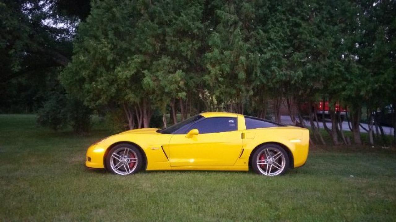 Photo of Yellow 2006 Chevrolet Corvette Z06