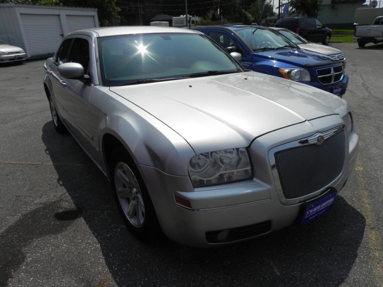 2006 Chrysler 300 Touring * LEATHER