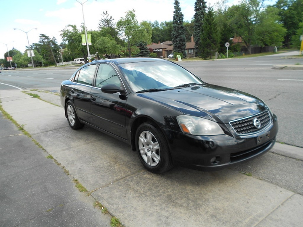 used 2006 nissan altima for sale in scarborough ontario. Black Bedroom Furniture Sets. Home Design Ideas