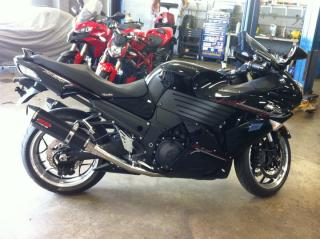 Used 2011 Kawasaki Ninja ZX-14R street for sale in Oakville, ON