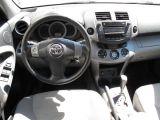 2006 Toyota RAV4 Limited 7 PASSENGER