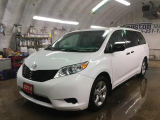 Used 2014 Toyota Sienna KEYLESS ENTRY*7 PASSENGER*POWER WINDOWS/LOCKS/HEATED MIRRORS*TRI ZONE  CLIMATE CONTROL*CRUISE CONTROL* for sale in Cambridge, ON
