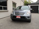 Photo of Gray 2005 Honda CR-V