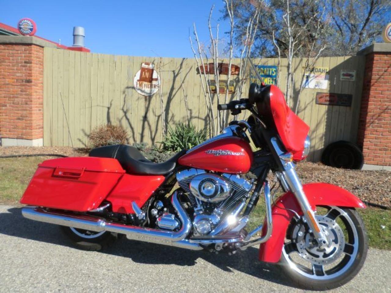 2010 Harley-Davidson Street Glide FLHX STREET GLIDE