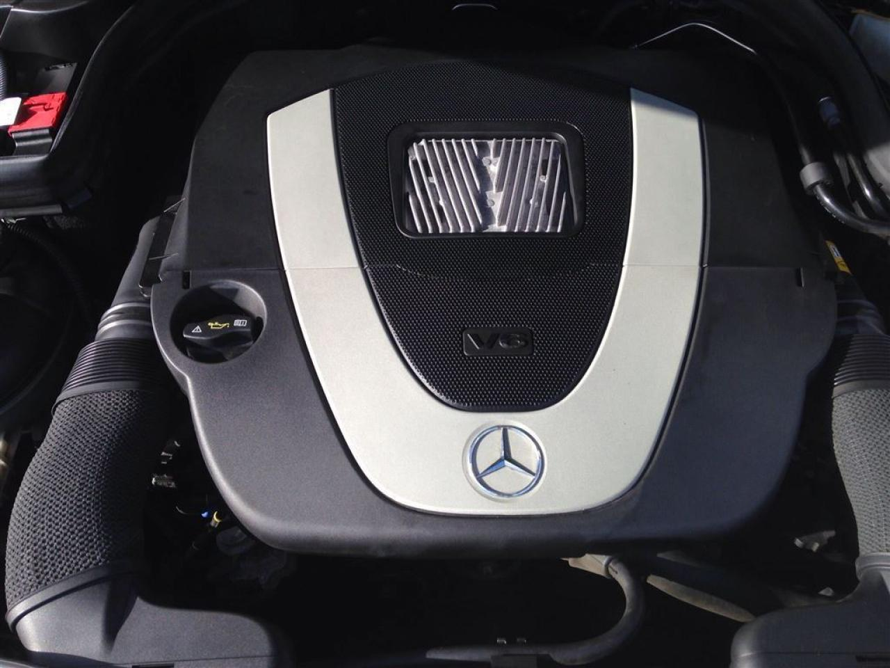 2008900