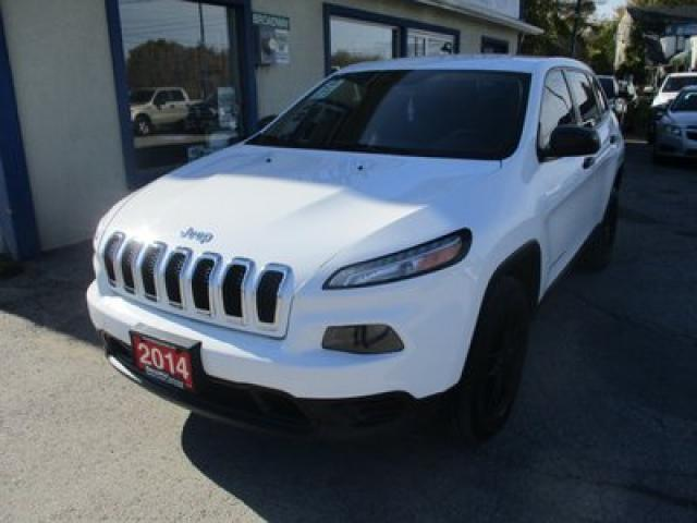 2014 Jeep Cherokee FUEL EFFICIENT SPORT EDITION 5 PASSENGER 3.2L - V6.. 4X4.. AUX/USB INPUT.. KEYLESS ENTRY.. TOUCH SCREEN DISPLAY..