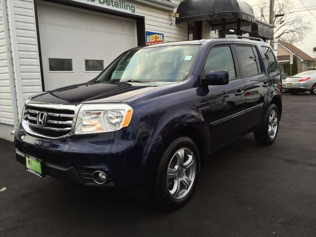 used 2013 honda pilot sold for sale in hamilton ontario. Black Bedroom Furniture Sets. Home Design Ideas