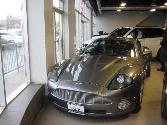 2004 Aston Martin V12 Vanquish Leather