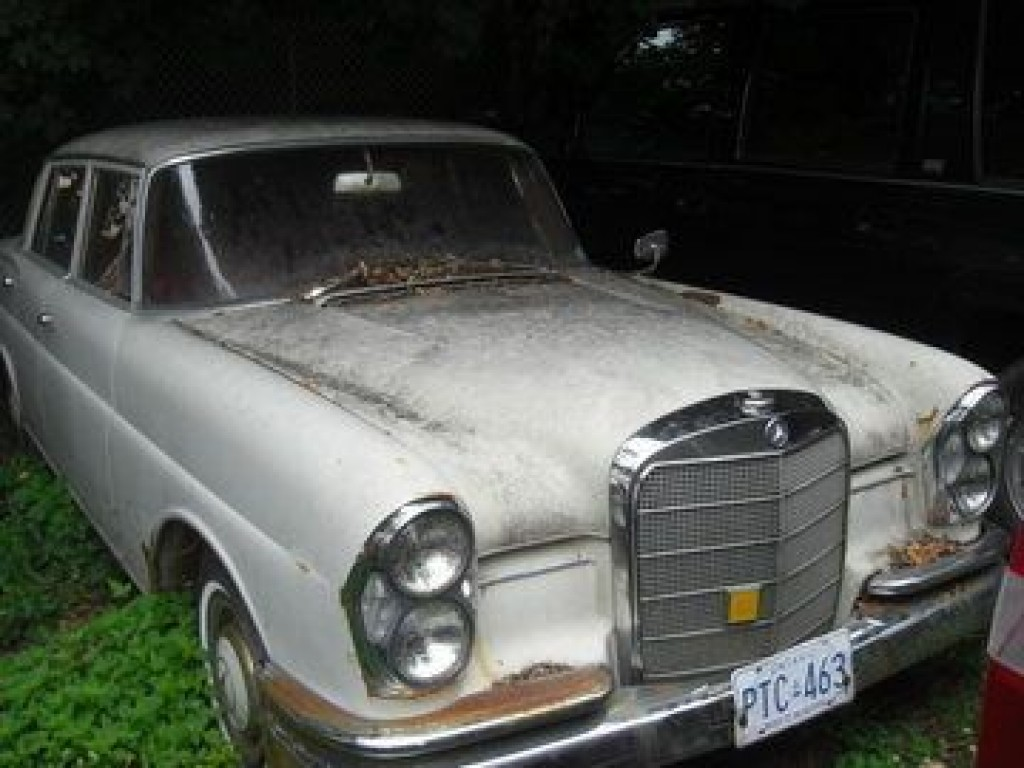 Used 1961 mercedes benz s class 220s for sale in london for Mercedes benz london ontario