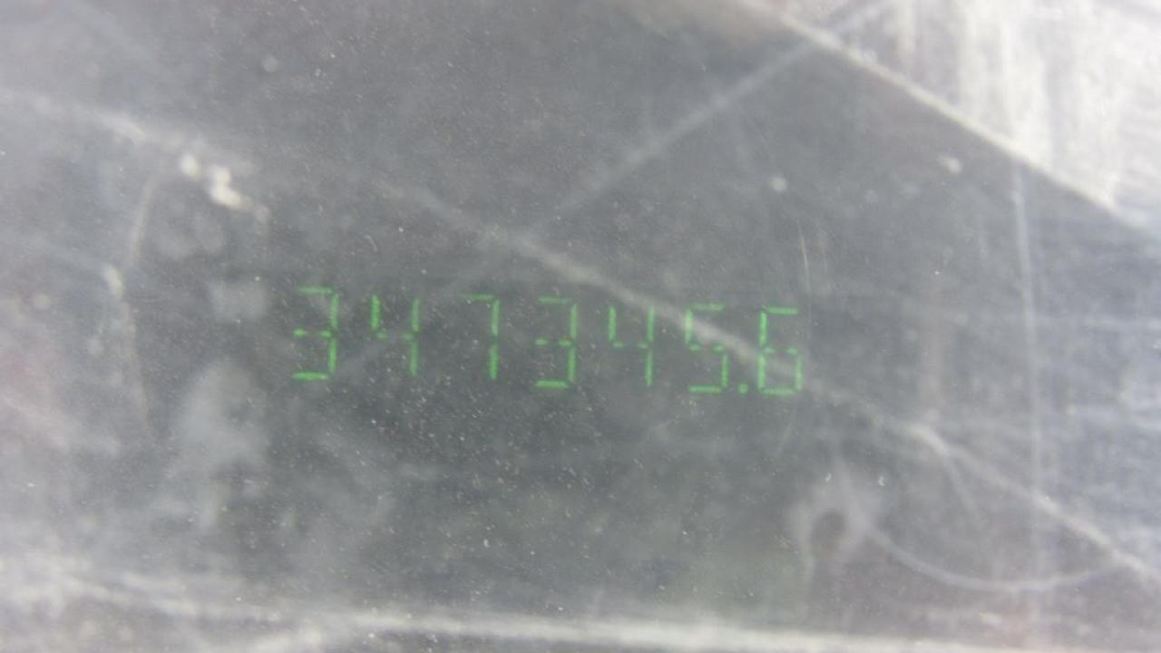2082700