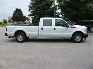 Used 2016 Ford F-250 crewcab 2wd gas long box for sale in Richmond Hill, ON
