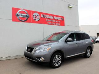 Used 2016 Nissan Pathfinder SL for sale in Edmonton, AB