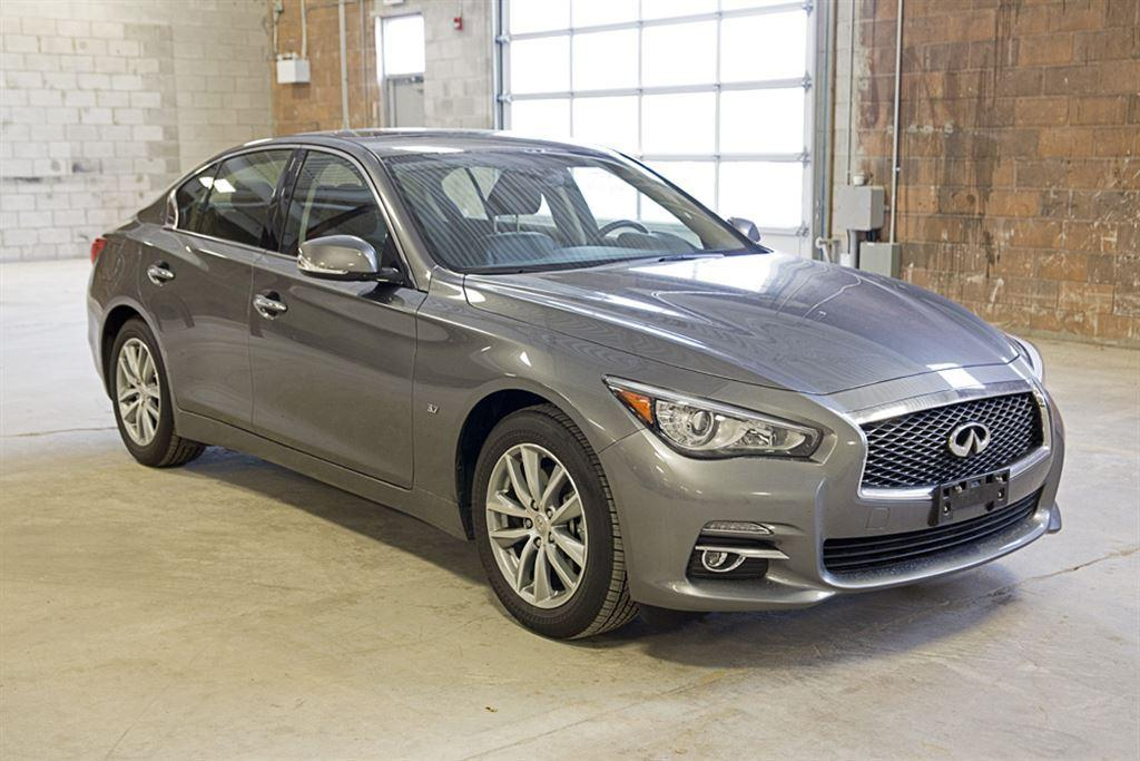 used 2015 infiniti q50 3 7 awd for sale in oakville ontario. Black Bedroom Furniture Sets. Home Design Ideas