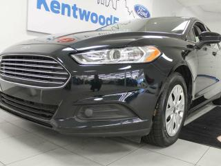 Used 2014 Ford Fusion S- Sleek and stylish for sale in Edmonton, AB