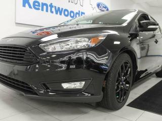 Used 2016 Ford Focus SE- Heated power leather seats AND a back up cam! for sale in Edmonton, AB