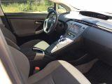 2012 Toyota Prius LOW km, Nav, Moonroof, Solar Panel