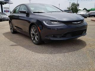 Used 2016 Chrysler 200 S / Rear Back Up Camera / Heated Front Seats & Steering Wheel for sale in Edmonton, AB