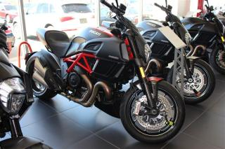 Used 2015 Ducati Diavel  Carbon for sale in Oakville, ON