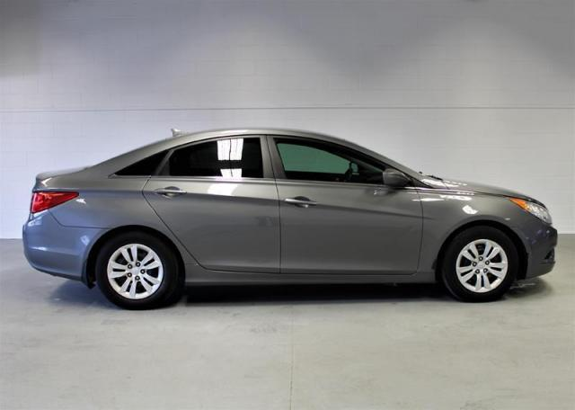 2012 Hyundai Sonata GL at