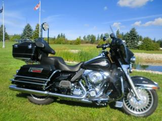 Used 2013 Harley-Davidson Electra Glide FLHTC ELECTRA GLIDE CLASSIC for sale in Blenheim, ON
