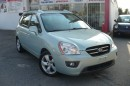 Used 2007 Kia Rondo EX Premium for sale in Etobicoke, ON
