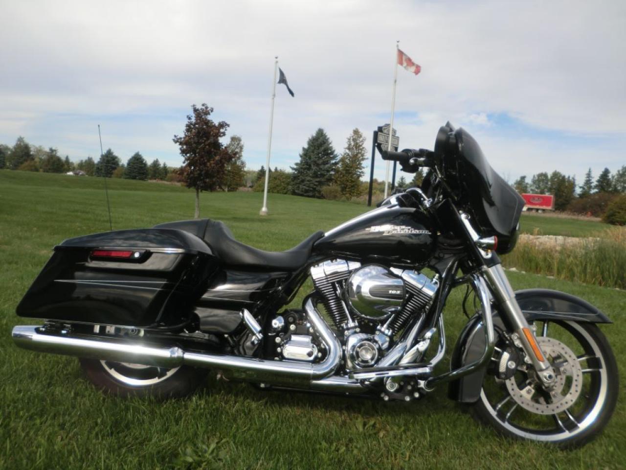 2015 Harley-Davidson Street Glide FLHXS Street Glide Special