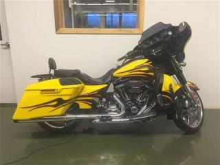 Used 2015 Harley-Davidson FLHXSE CVO Street Glide Screaming Eagle for sale in Oakville, ON
