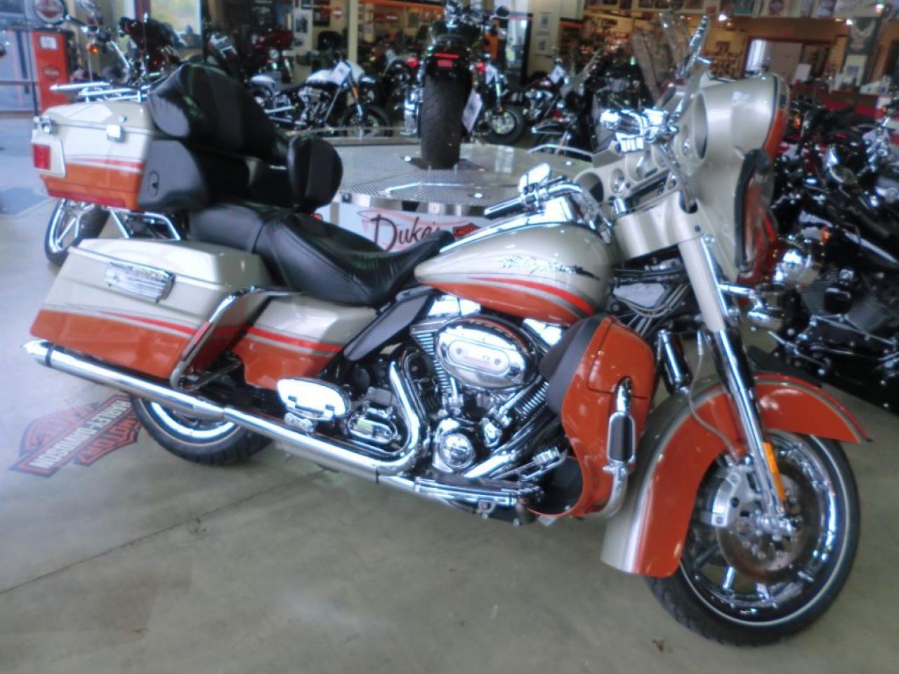 2009 Harley-Davidson ULTRA CLASSIC CVO SCREAMIN' EAGLE ELECTRA GLIDE
