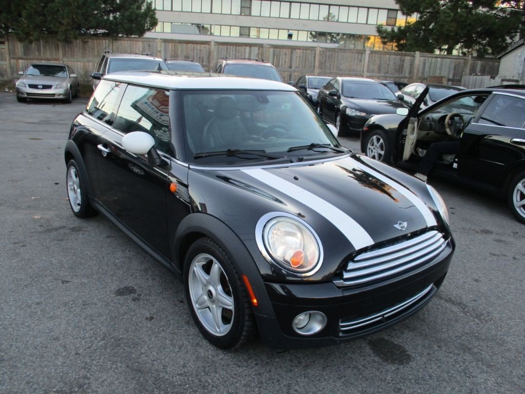used 2009 mini cooper coupe leather sunroof hardtop for sale in scarborough ontario. Black Bedroom Furniture Sets. Home Design Ideas