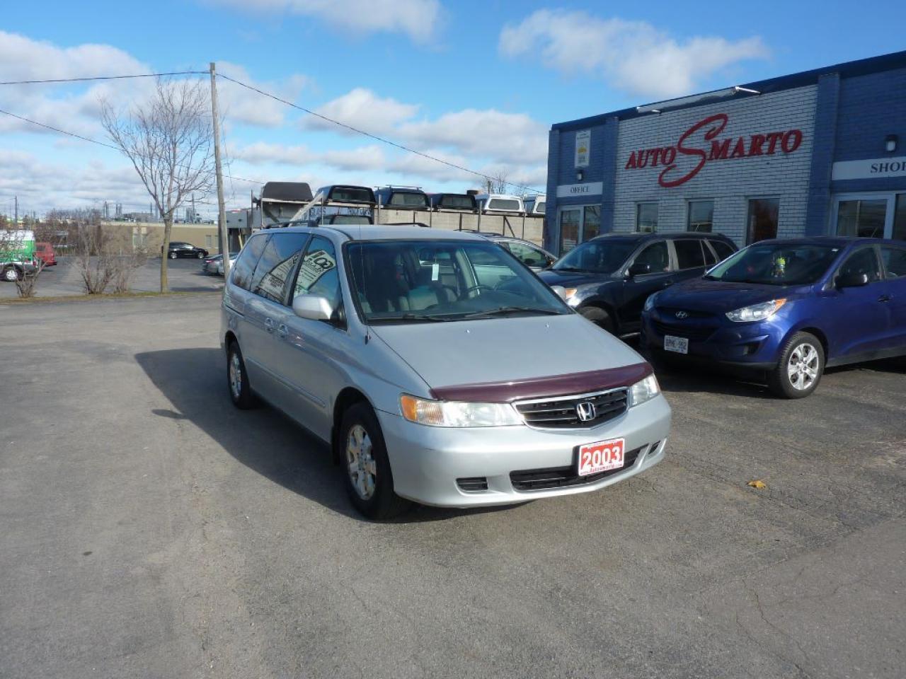 Photo of Silver 2003 Honda Odyssey