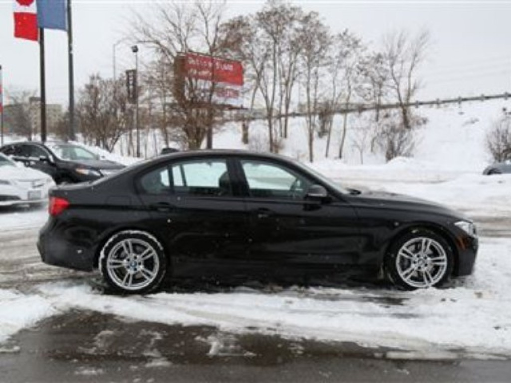 used 2013 bmw 335i xdrive m sport package awd for sale in london ontario. Black Bedroom Furniture Sets. Home Design Ideas