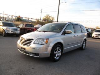 Used 2008 Chrysler Town & Country Limited , Nav, Backup Camera for sale in Newmarket, ON