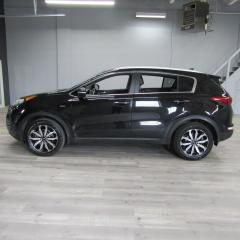 Used 2017 Kia Sportage ALL WHEEL DRIVE / PANO ROOF / PUSH TO START / REVERSE CAMERA for sale in Oakville, ON