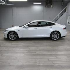 Used 2016 Tesla Model S REVERSE CAMERA / NAVIGATION / AUTOPILOT for sale in Oakville, ON