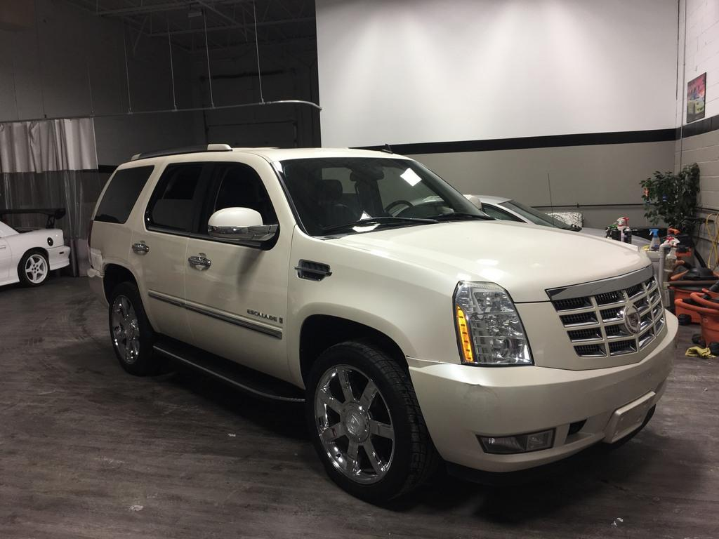 Used 2008 Cadillac Escalade For Sale In Toronto Ontario Carpages Ca
