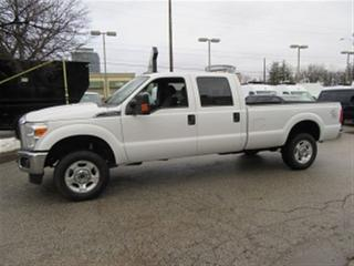 Used 2014 Ford F-350 Crew Cab 4x4 gas long box XLT loaded for sale in Richmond Hill, ON